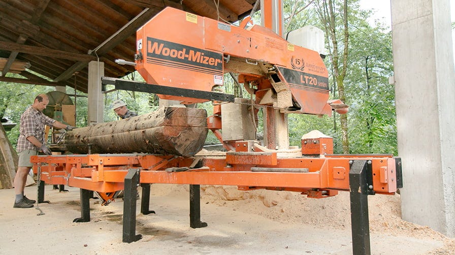 The process of sawmilling